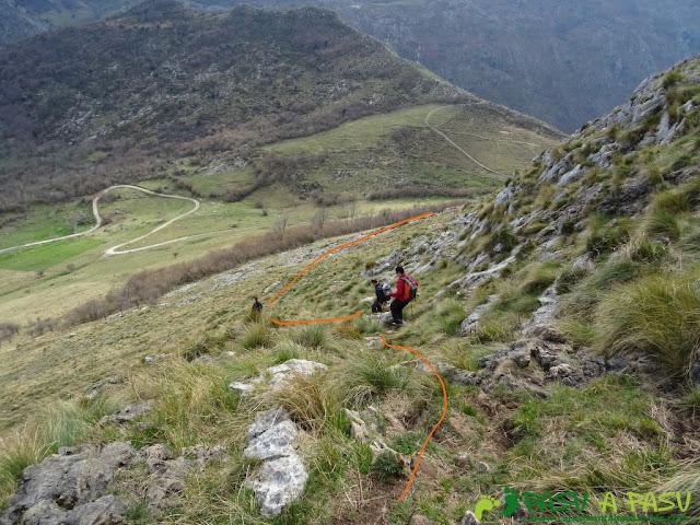Ruta a la Pica de Peñamellera: Camino al Huerto Collao