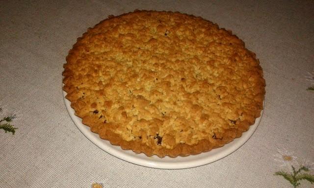 тертий пісочний пиріг з варенням