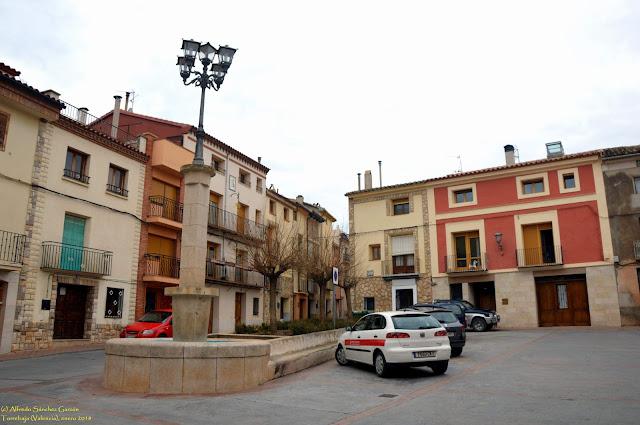 torrebaja-valencia-fuente-plaza