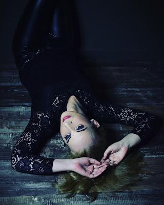 la actriz y bailarina Paula Cobos resurje como ave Fenix con nuevos proyectos