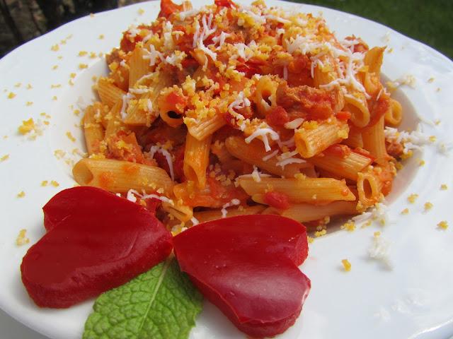 Pasta con tomate Ana Sevilla