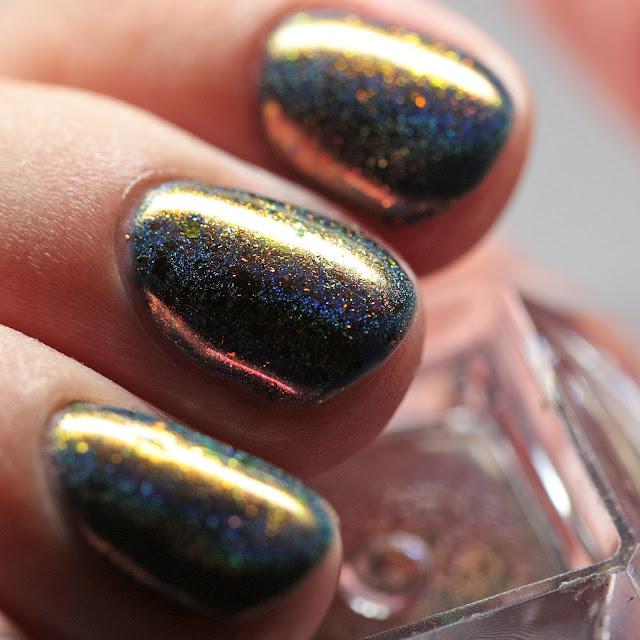Born Pretty Store Chameleon Holo Flakes Powder 1 over Gel Polish 79