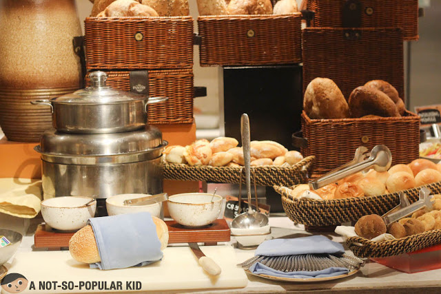 Bread section of The Pantry, Dusit Thani