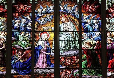 Imagem de Nossa Senhora Rainha do céu, vitral, #2