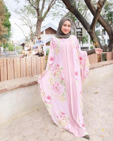 Cara Berpakaian Muslimah yang Syar'i Tanpa Menghilangkan Kesan Modis