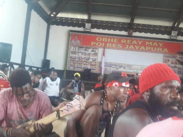 Polisi di Papua dan Aksi Tangkap-Tangkap yang Salah Tafsir