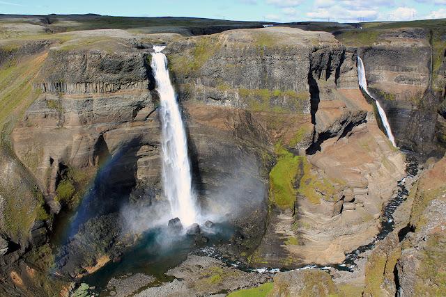 Cascada Haifoss y cascada Granni en Islandia