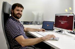 Alberto Molpeceres en las oficinas de Besepa. EFE/José Carlos Pedrouzo