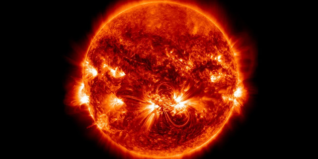 This is the largest active region of the solar cycle on October 23, 2014. Credit: NASA