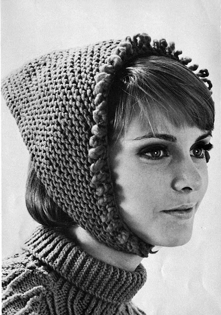 The Vintage Pattern Files: Free 1960's Knitting Pattern - Kerchief