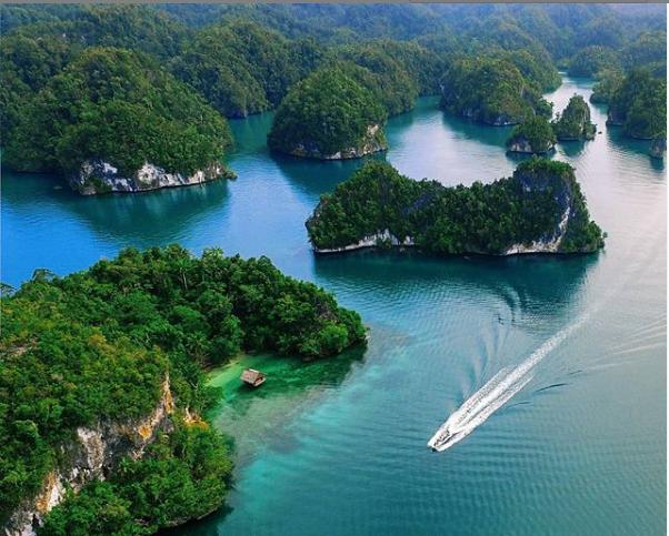 raja ampat papua diving