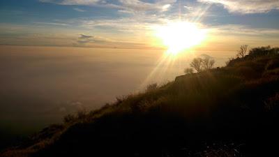 sunrise di gunung sindoro