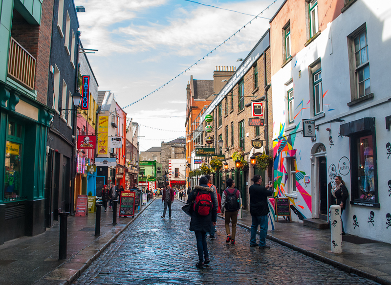 Temple bar streets and graffiti of Dublin Ireland