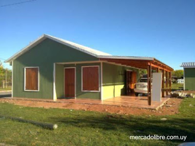 Casa prefabricada americana de suburbio en el Uruguay