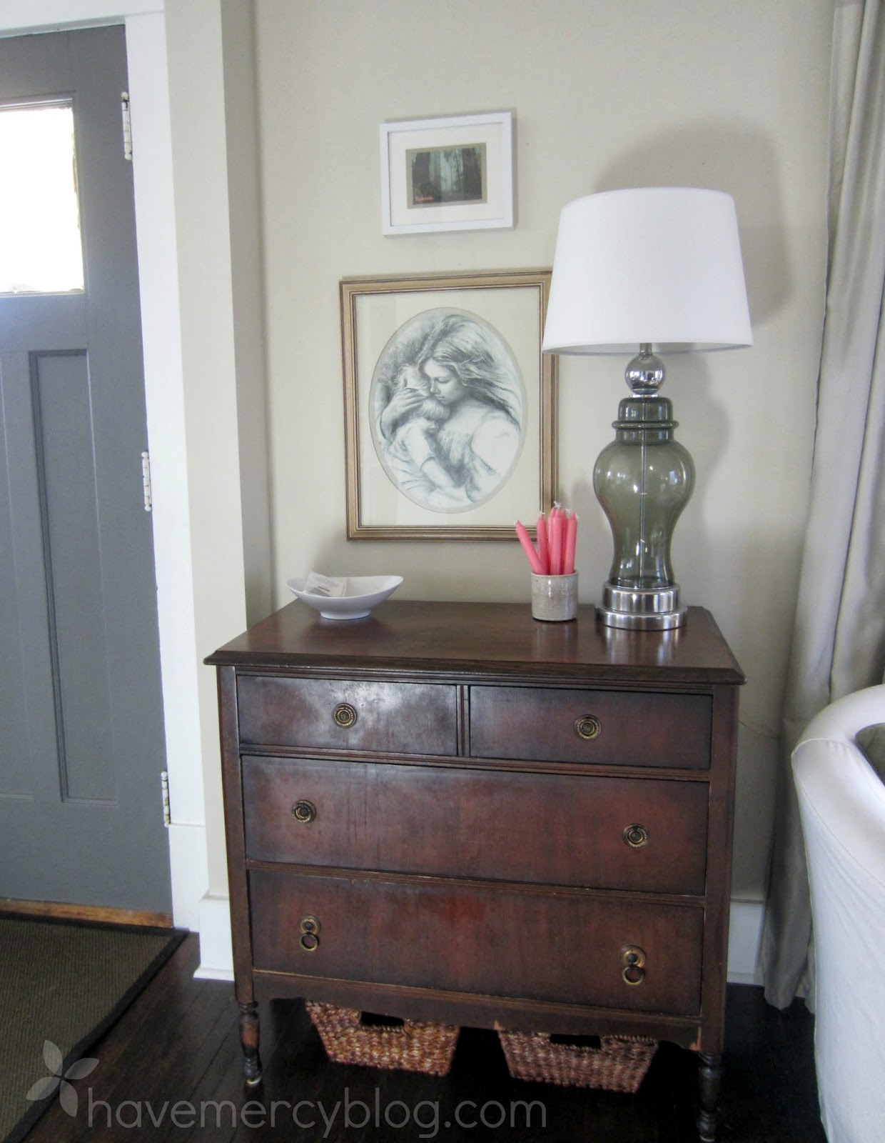 Have Mercy Make An Entryway Out Of A Dresser