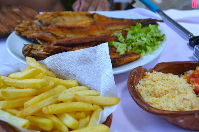 Peixe frito no Restaurante Angicos