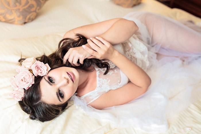 Boudoir Bilder als Geschenk für den Bräutigam am Hochzeitsmorgen.