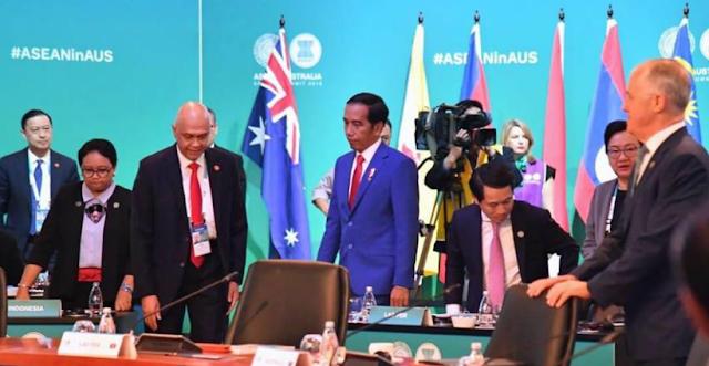 Jokowi Meminta Masyarakat Beralih Menggunakan Mata Uang Tiongkok ! Ini Negara Indonesia Apa China?