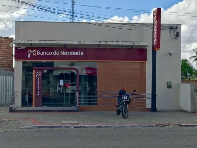 Bandidos levam armas de seguranças de banco em São Gonçalo do Amarante, RN