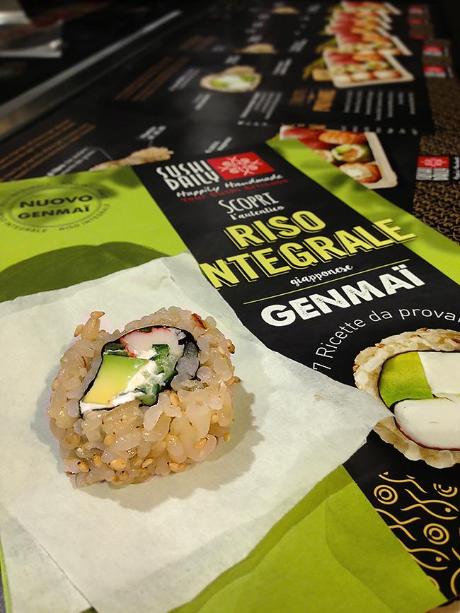 Sushi con riso integrale genmai