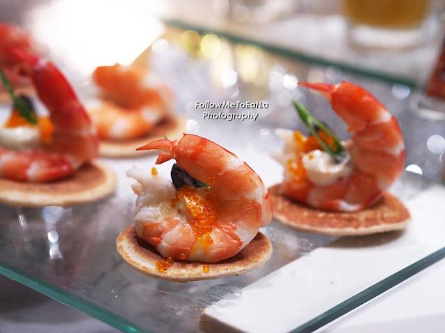 Buckwheat Blinis & Shrimp With Sour Cream