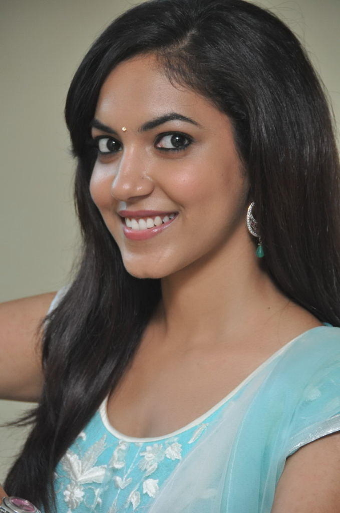 Ritu varma photos at pochampally ikat mela 2013 launch