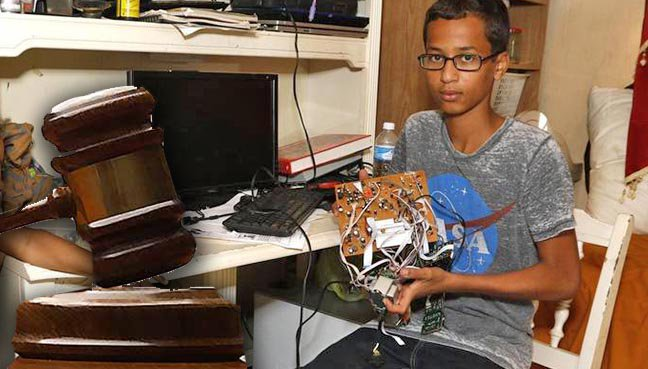 Jam Ciptaan Disangka Bom, Remaja Muslim Amerika Saman Sekolah