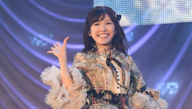 Mayu Watanabe AKB48 Graduation Performance.png