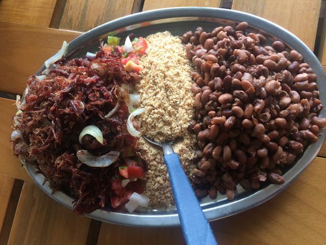Comidas e bebidas típicas de Recife (Pernambuco) - arrumadinho
