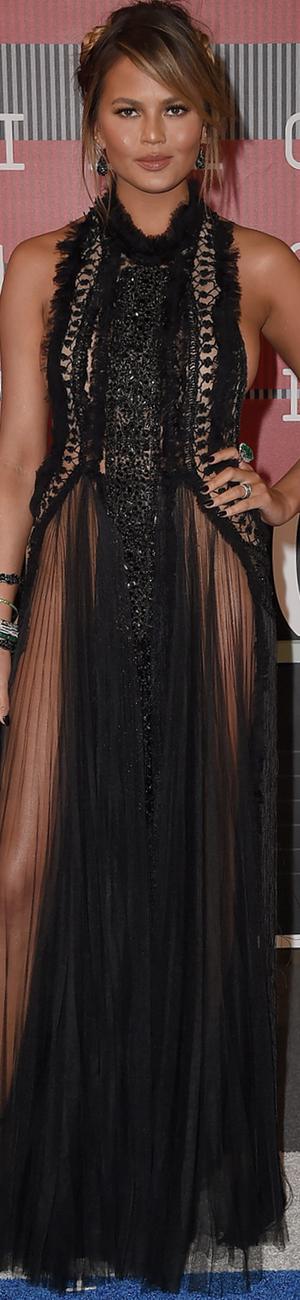 2015 MTV VMAs Chrissy Teigen