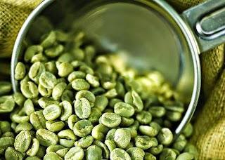 Ο ακατέργαστος καφές βοηθάει πολύ να χάσετε τα περιττά κιλά. Ο πράσινος  καφές δεν είναι τίποτα άλλο από τον καφέ που όλοι γνωρίζουμε και  χρησιμοποιούμε στην ... e8eda570fa6
