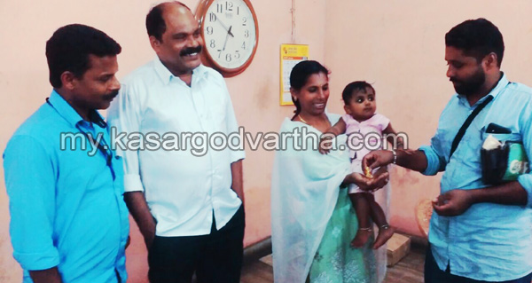 Kerala, News, Kasargod, Gold, Conductor, Gold handed over to owner.