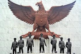 Foto monumen pancasila sakti jakarta