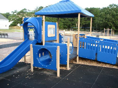 Coombs Elementary Play Area