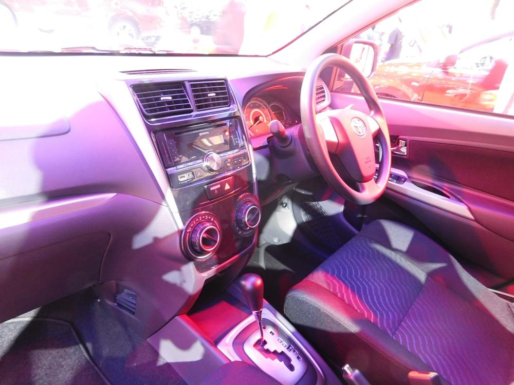 grand new avanza bahan bakar type e 2017 catatan si goiq 08 26 15 toyota veloz memiliki mesin baru dual vvt i yang hemat dan terbukti ketangguhannya mobil ini juga interior sporty