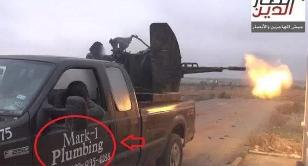Αυτοκίνητο υδραυλικού του Τέξας εμφανίστηκε  ως δια μαγείας! στη Συρία στους Τζιχάντιστες!