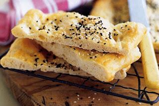 Turkish Pide Bread (Ramazan Pidesi)