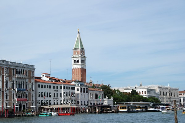 venise italie dorsoduro grand canal place saint-marc san marco campanile