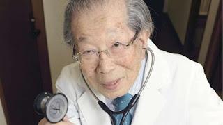 Μην παίρνετε σύνταξη! Ο Ιάπωνας γιατρός που έφτασε 105 αποκάλυψε τα μυστικά της μακροζωίας