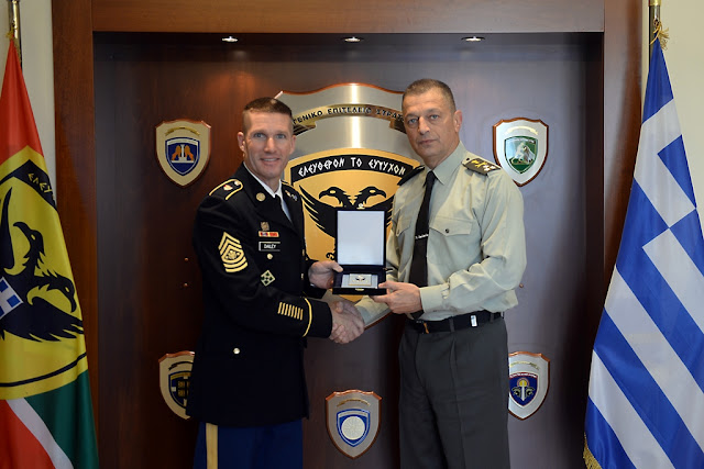Τι έκανε στο ΓΕΣ ο Αρχηγός Υπαξιωματικών του Στρατού των ΗΠΑ - ΦΩΤΟ