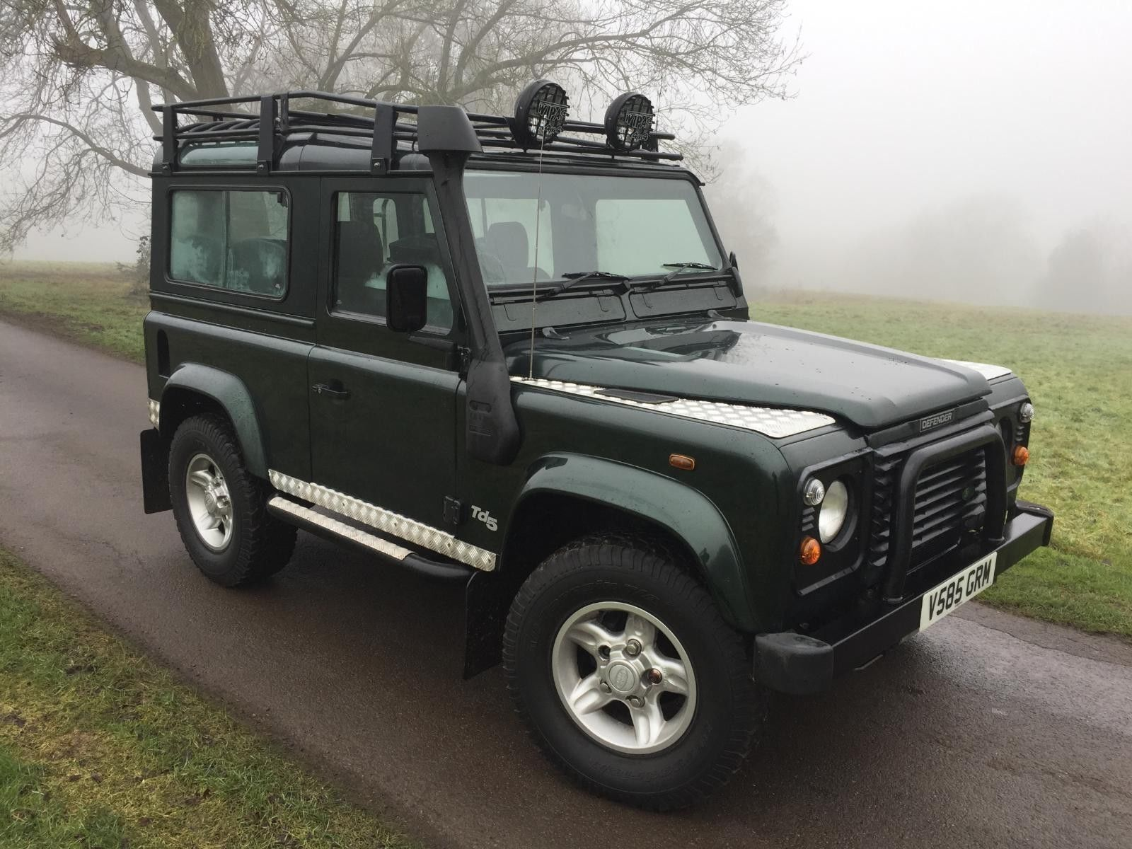Sellers Comments 1999 Land Rover Defender 90 County Station Wagon Td5 Epsom  Green 109K, Good condition inside and out Model Year: 1999 Mileage: 109,000  ...