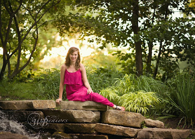 Senior Portraits and Photos with a friend DeKalb, Sycamore, Geneva, IL