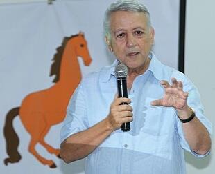 """ساجد في ضيافة """"لمينضة"""" بحد بالسوالم في أول خرجة لحملته الانتخابية"""