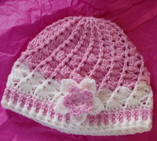 Pink & White Divine Hat - Free Pattern
