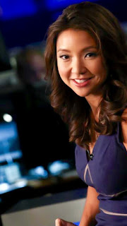 Sandra Endo in the newsroom