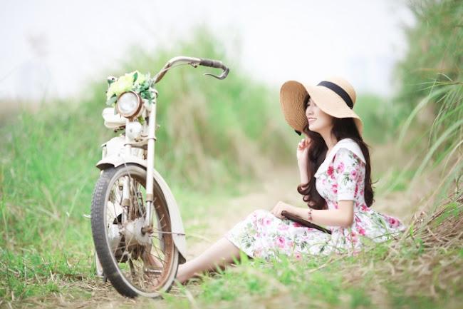 Girl Xinh Tú Anh Rạng Ngời Giữa Vườn Hoa Đào