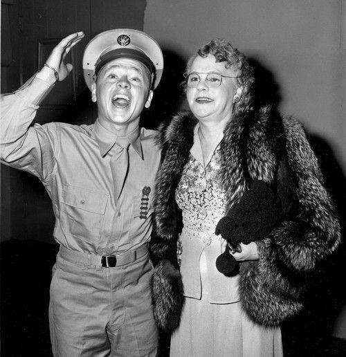 Mickey Rooney World War II uniform movieloversreviews.filminspector.com