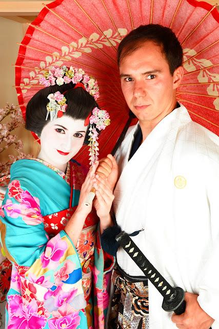 Lena y Alberto disfrazados de geisha y samurái en Kioto