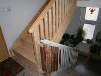 Treppenrenovierung - teilrenovierte Treppe - alt und neu