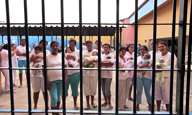 A maternidade, a sociedade patriarcal e o desafio de ser mãe dentro de uma cadeia
